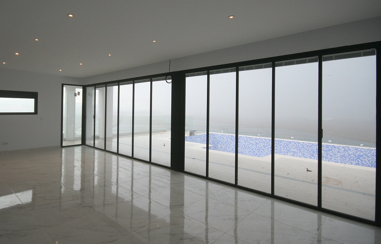 UltraSlim Doors to terrace and pool