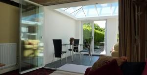 Retractable Frameless Glass Room Divider Doors